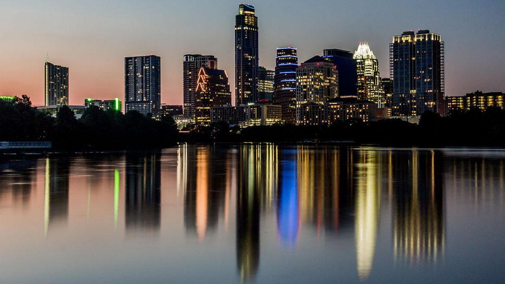 Image of paddle boarding location in Austin